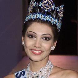 Yukta Mookhey Miss World 1999 Winner