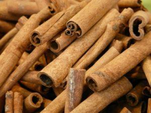 Health Benefits of cinnamon oil